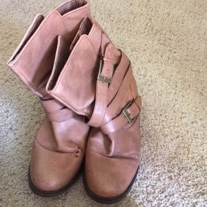 Shoes - Steve Madden boots